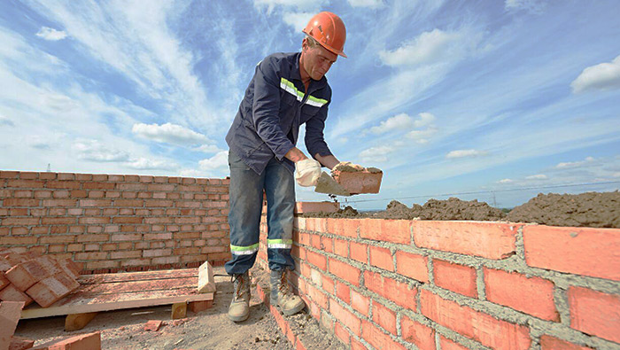 Do It Yourself Home Design: Construction Careers: Bricklayer / Restoration Worker